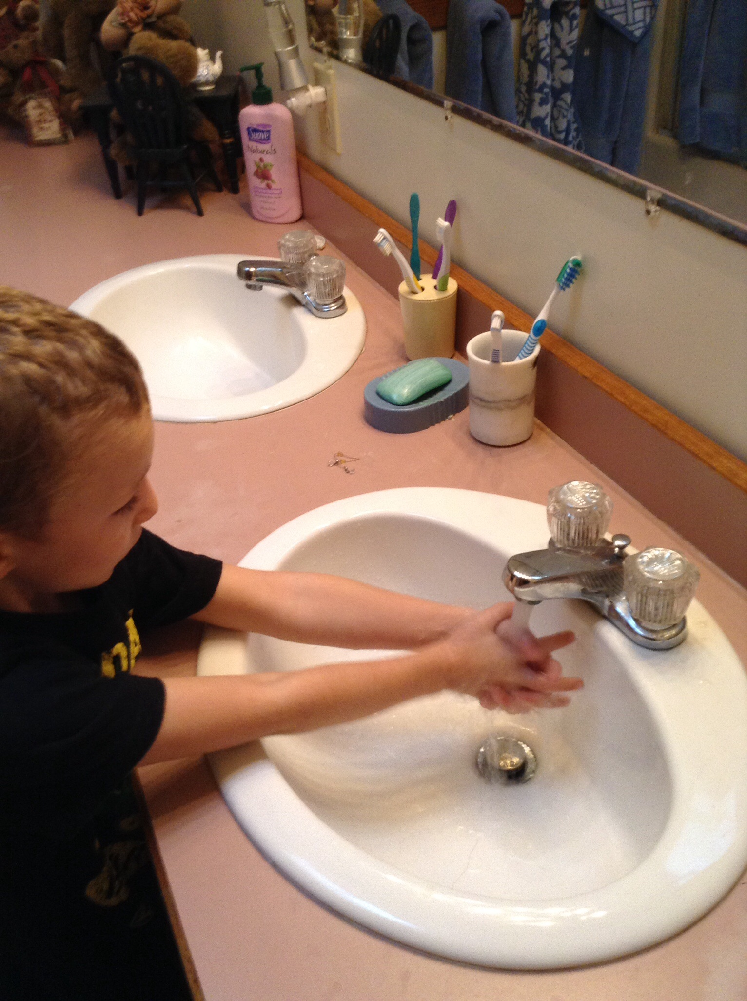 Tips for teaching your kids to wash their hands • AnswerLine • Iowa ...